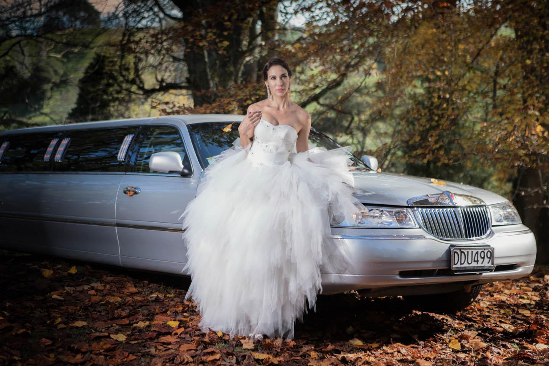 bride and her limo at McLaren Falls in Tauranga