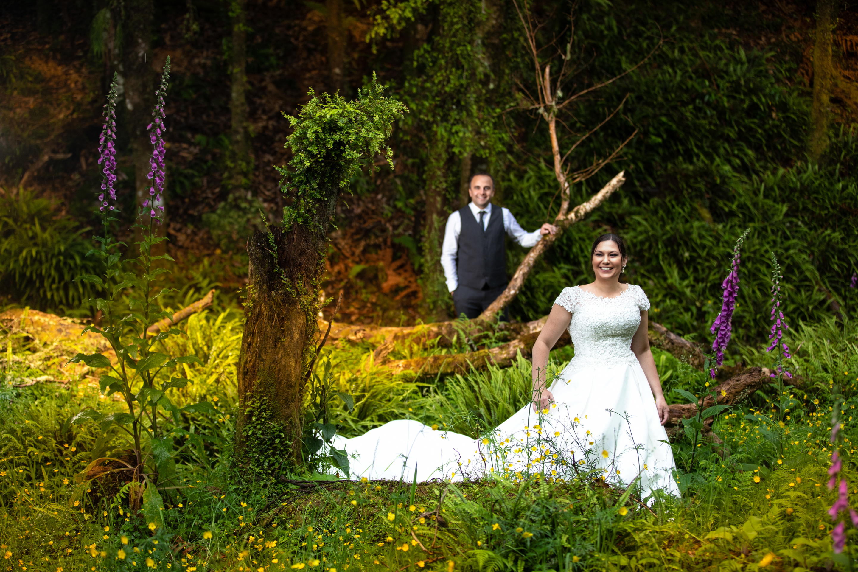 bride and groom in a glen Eagle Ridge-12-20